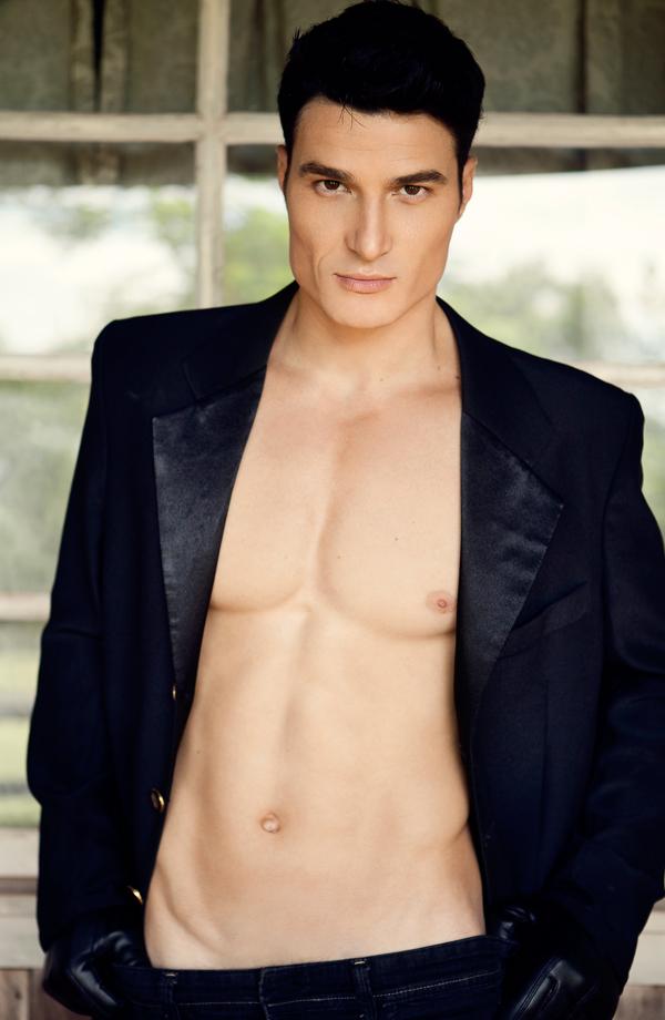 hot-male-model