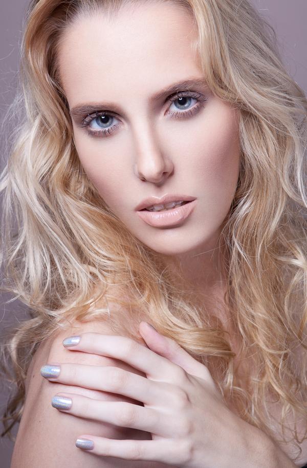 Carol-Lazari-Beauty-Portrait-05