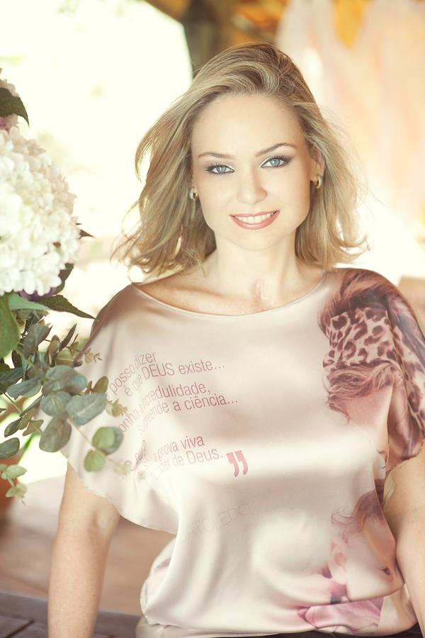 Bianca Toledo (20)