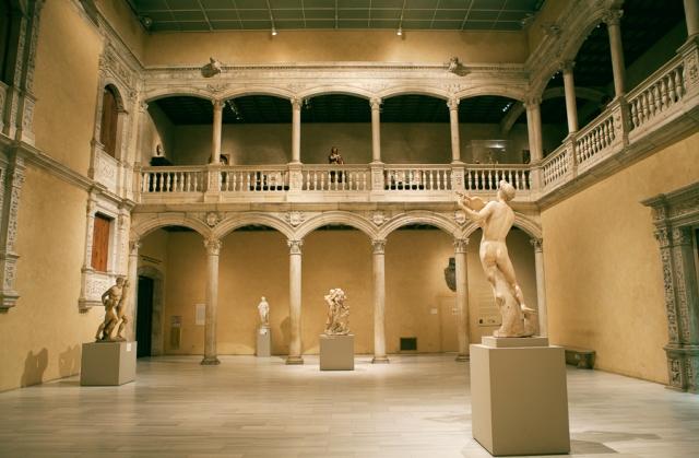 Met-Museum-01