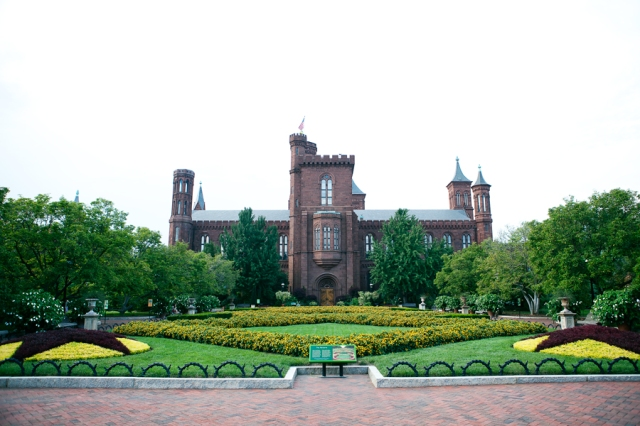 Washington-DC-62-smithsonian-center