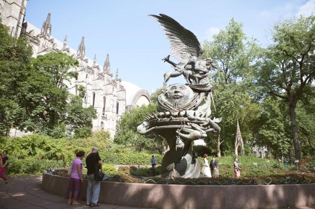 weird-sculpture-by-saint-john-the-divine
