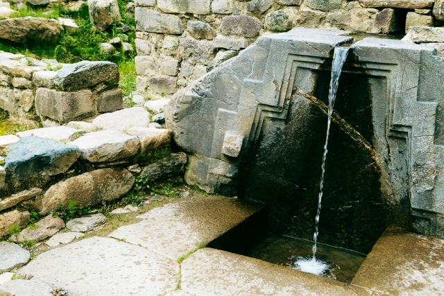 Sacred-Valley-60-Ollantaytambo