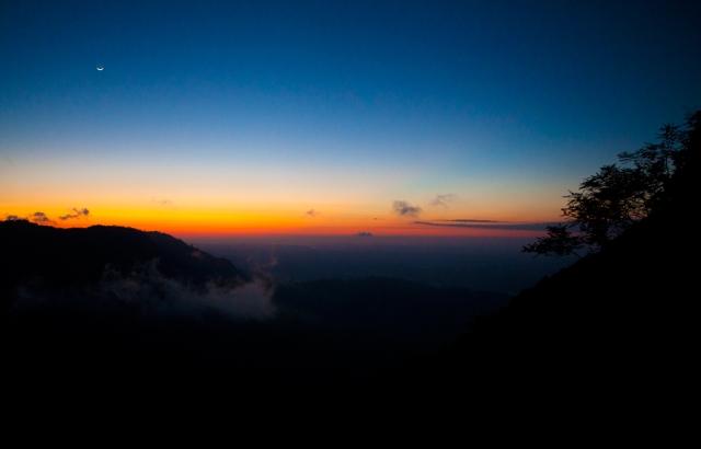 Sunrise-at-pico-Agudo-03