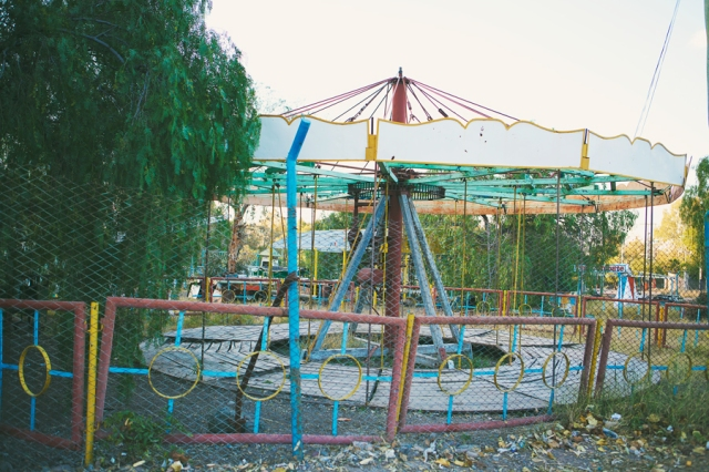 Mendonza-15-Abandoned-amusement-park
