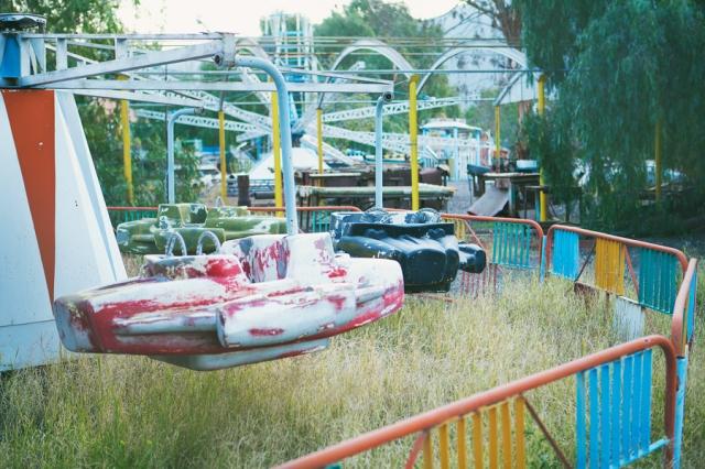Mendonza-18-Abandoned-amusement-park