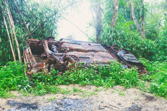 Cunha-road-to-Paraty-03-flipped-over-car
