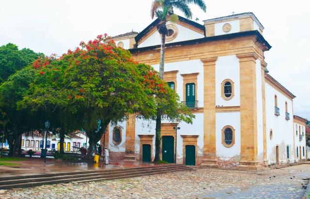 Paraty-Rio-de-Janeiro-02-igreja-matriz